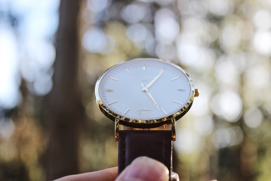 The Classic Millennium / Gold & White Minimal Watch