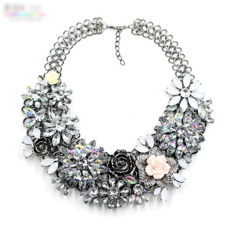 Winter Vintage Flower Costume Chunky Collar Statement Necklace