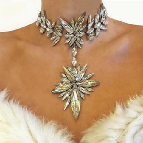 Chunky Gem Crystal Flower Starburst Pendant Rhinestone Luxury Instagram Maxi Choker Necklace