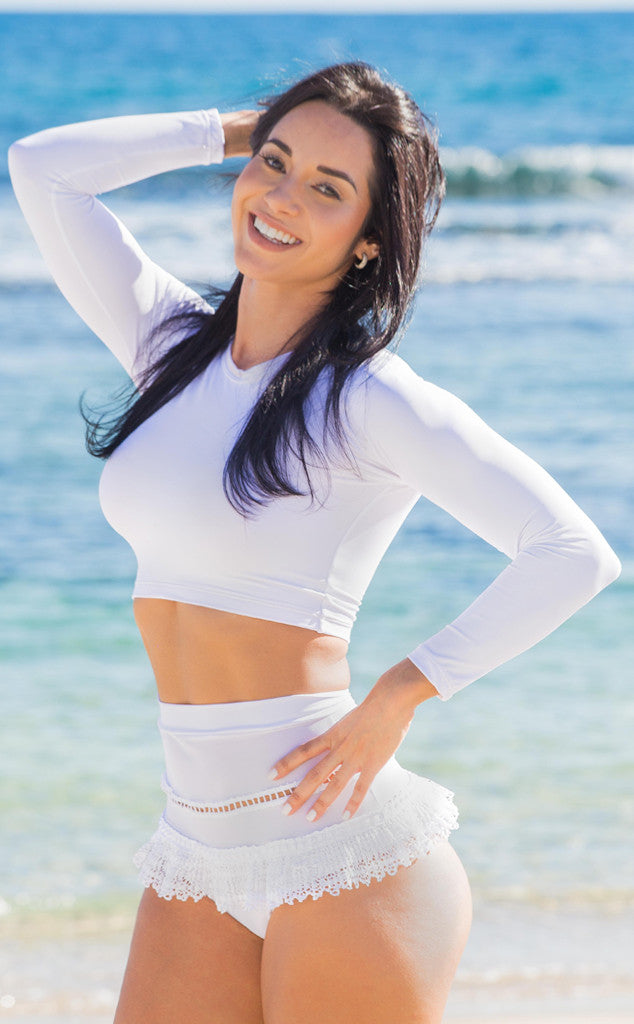 White bikini long sleeves by Salitre Swimwear