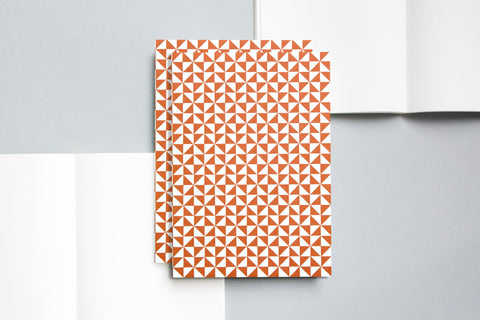 LAYFLAT NOTEBOOK  KAFFE PRINT / BRICK RED / RULED PAGES