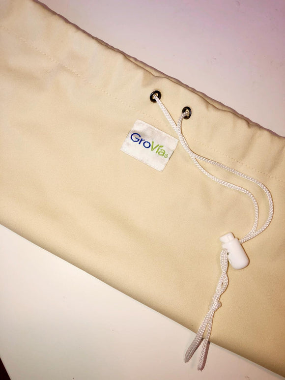 Grovia Medium Wet bag with drawstring *not pail liner* Vanilla, NWOT, Demo Only