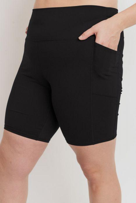 Tapered Band Essential Highwaist Bermuda Shorts - Plus Size