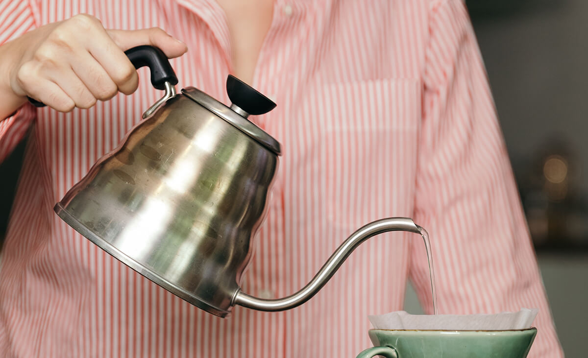 Gooseneck kettle and a pour over dripper