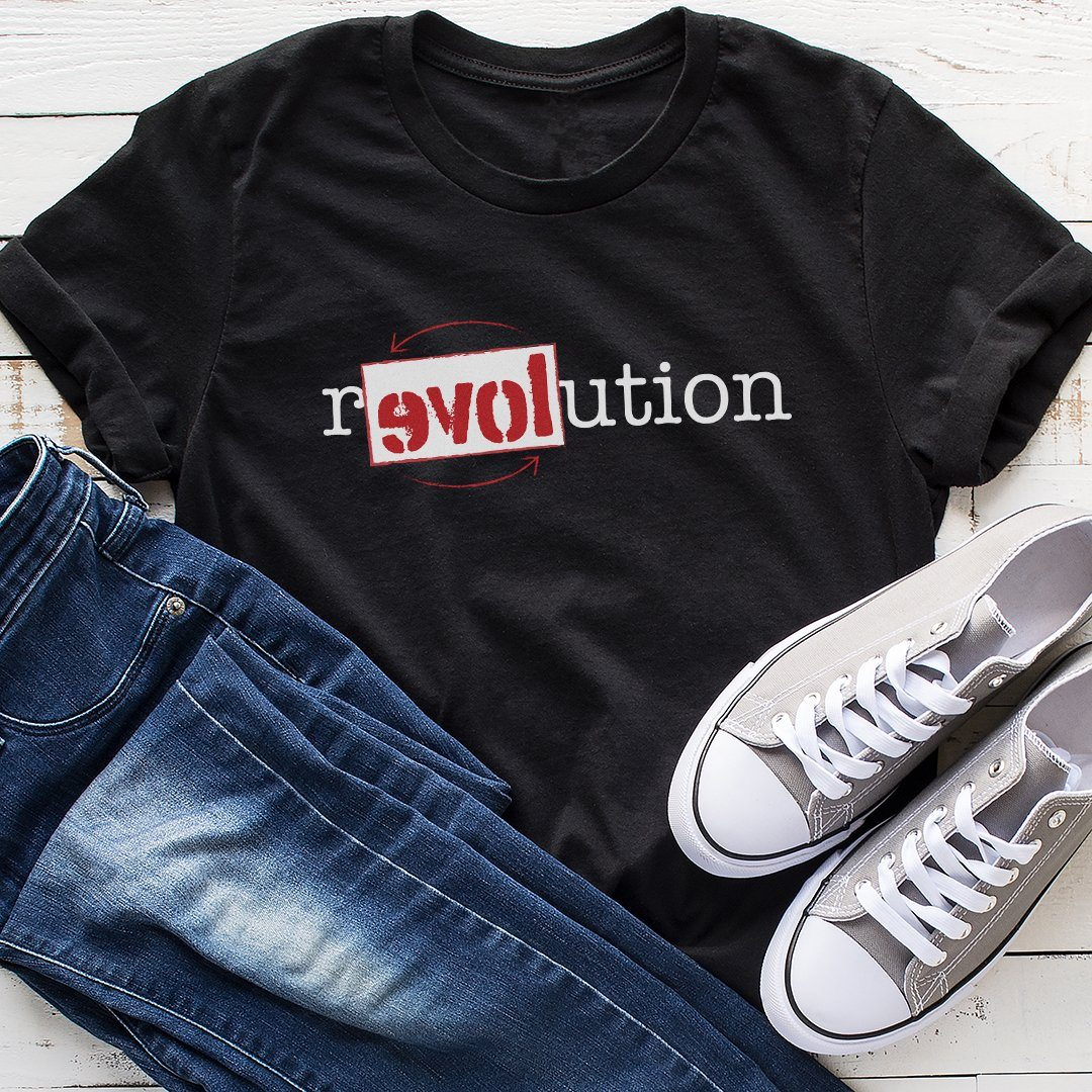 It's Time for a Love Revolution • Unisex T-shirt T-shirt teelaunch