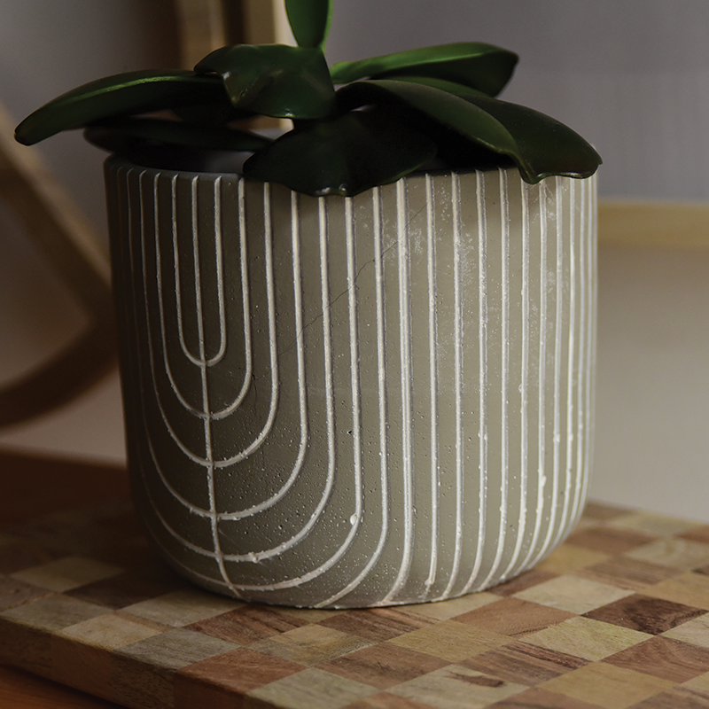 Concrete Line Pot