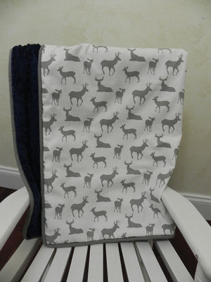 Deer Crib Bedding Set Kees - Boy Baby Bedding with Deer and Arrows in Gray and Navy