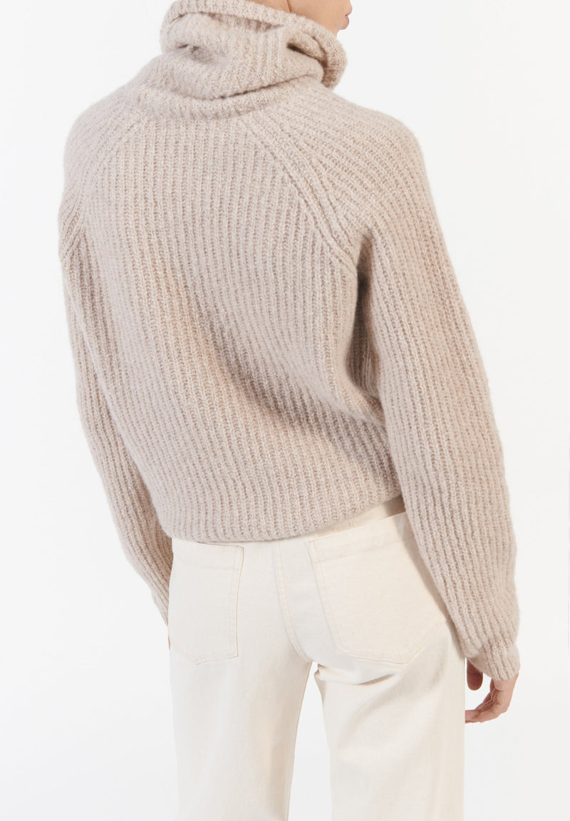Neri Sweater