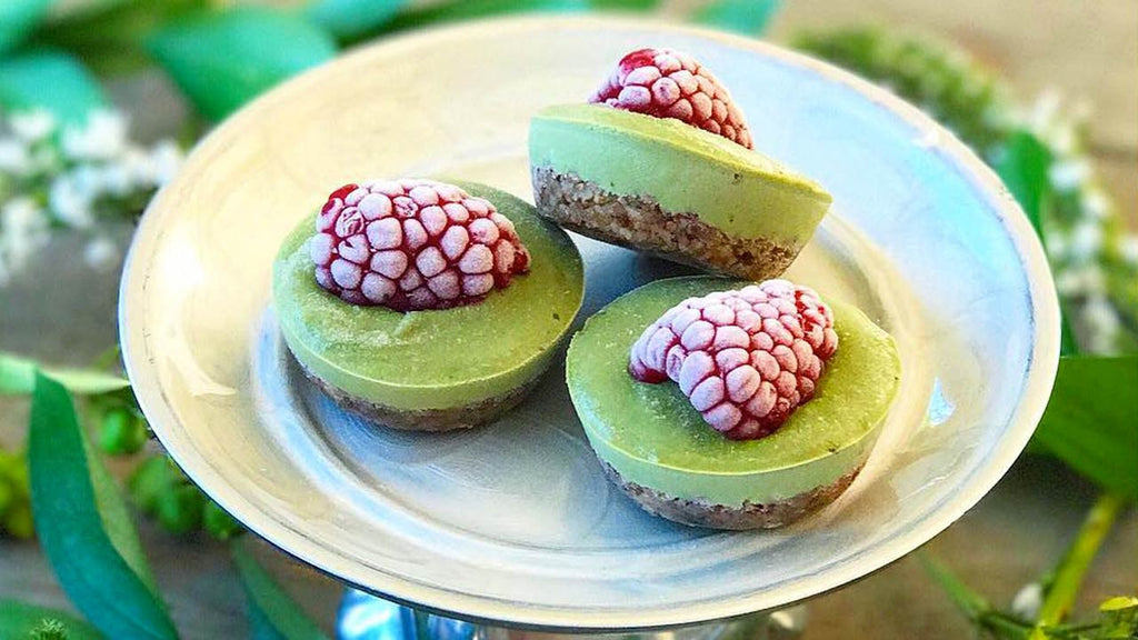 Raw Vegan Wheatgrass Mini Cheesecakes