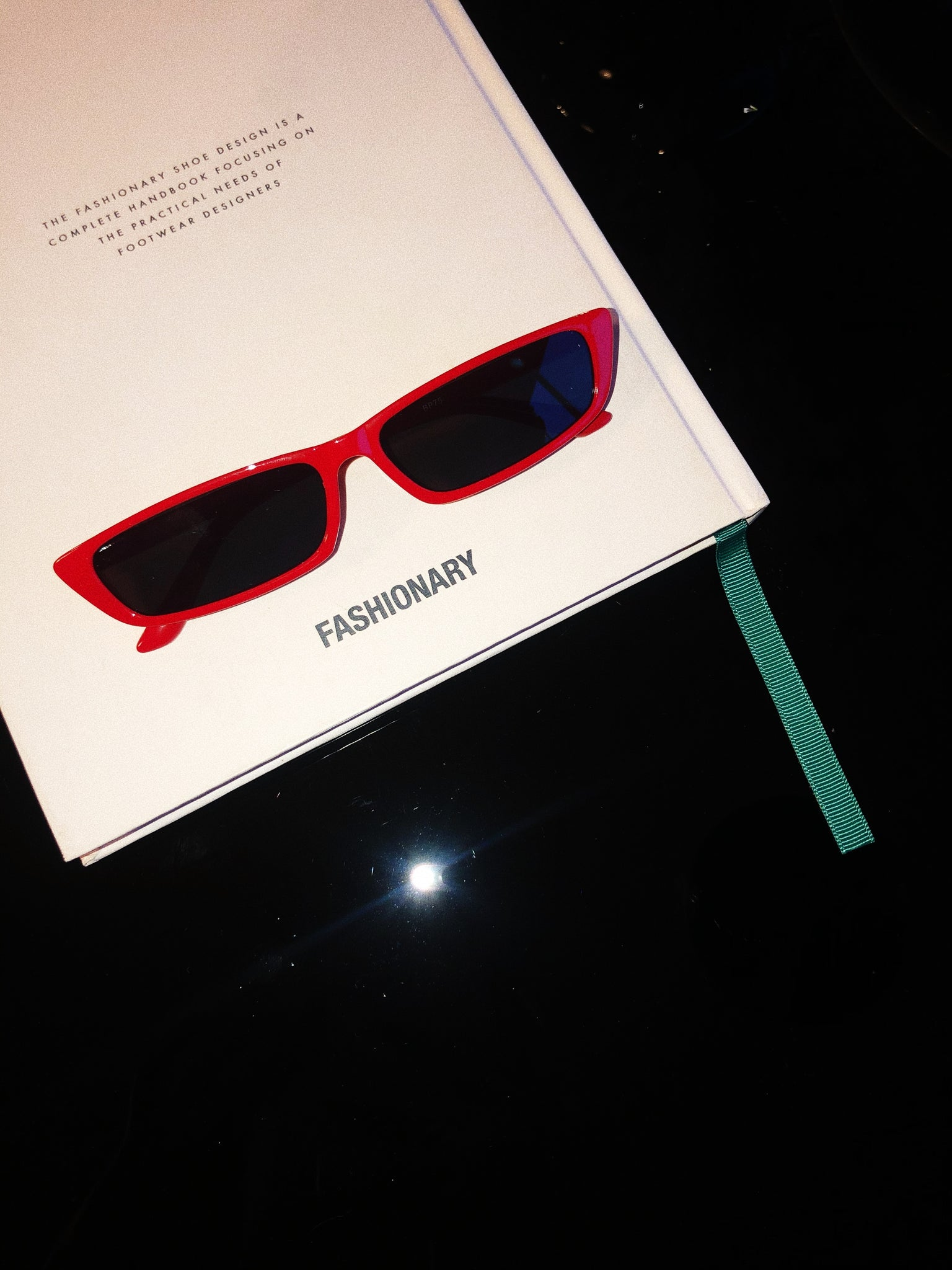 Sweet alien Sunnies / Red