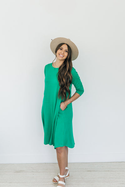 Green Three Quarter Sleeve Dress