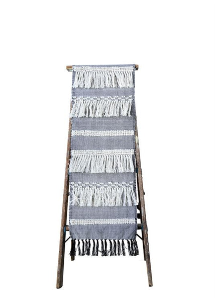 Table runner with fringe