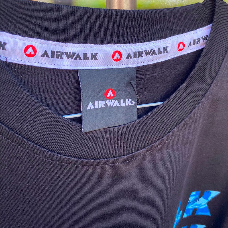 Airwalk Camouflage Black Reissue Tshirt- Camiseta - Furtivo! Skateboarding