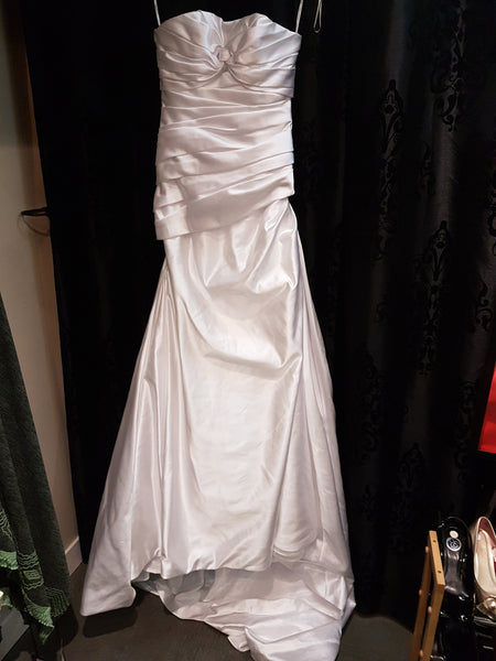 NEW Manual Mota Pronovias Wedding Dress