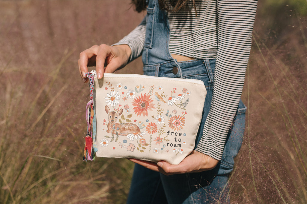 Free to Roam | Pouch