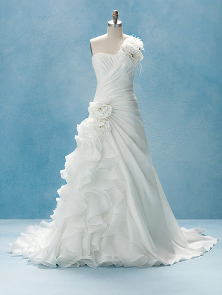 Alfred Angelo 210 - Jordan's Modern Bride and Groom