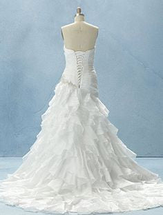 Alfred Angelo 210