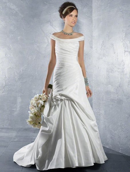 Alfred Angelo 2179 - Jordan's Modern Bride and Groom