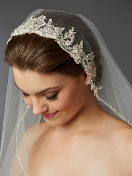 1-Layer Fingertip Bridal Veil with Embroidered Silver Lace Applique Headpiece - Jordan's Modern Bride and Groom