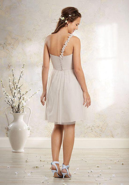Alfred Angelo 8632S - Jordan's Modern Bride and Groom