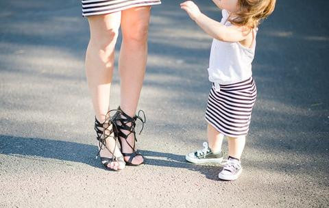 How to Create a Lovely Mother-Daughter Matching Style