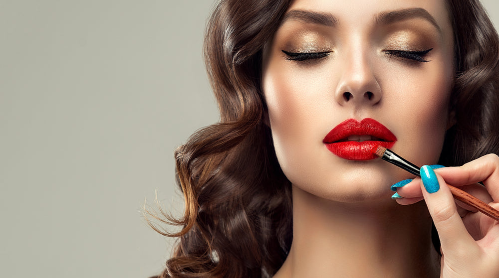 How Should You Wear Red Lipstick?