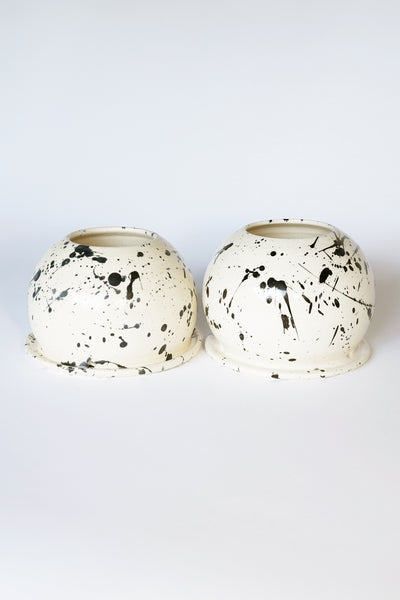 SPHERE SPLATTER POT