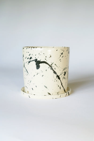 SIMPLE SPLATTER POT