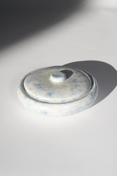 MISTY BLUE LIDDED VESSEL