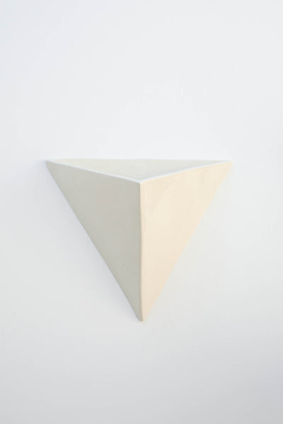 WHITE TRIANGLE WALL PLANTER