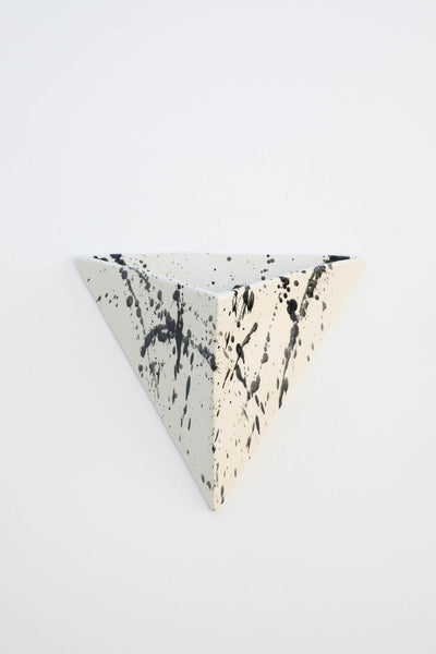 BLACK SPLATTERED TRIANGLE WALL PLANTER