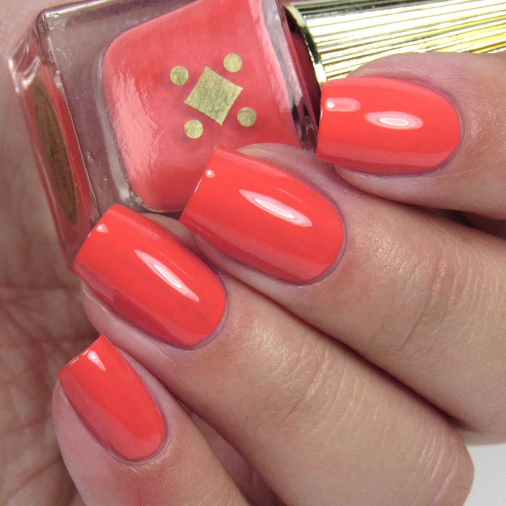 FEELING FUEGO -  coral orange crème nail lacquer by Deco Miami