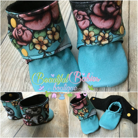 Beautiful Babies Stay on Booties - in Floral Wars