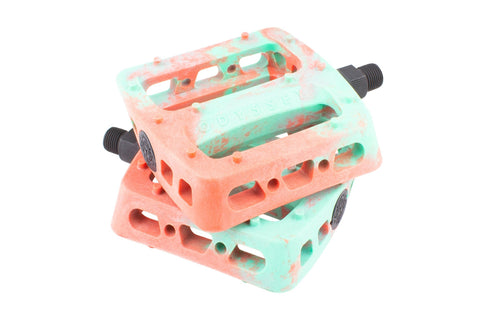 Odyssey Twisted Pro BMX Pedals - TOOTHPAST RED SWIRL