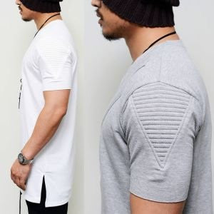 Men Embossed Seaming Round Tee