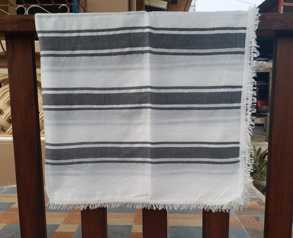[SALE] Wasig Vicenta Throws (~44inx78in)