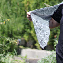 Load image into Gallery viewer, Sapore di Sale Shawl - PDF pattern download-La Cave à Laine