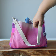 Load image into Gallery viewer, Aquarelle Project Basket, Crossbody - Hand-Dyed Organic Cotton, Rosa-La Cave à Laine