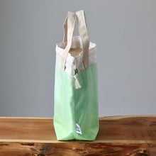Load image into Gallery viewer, Aquarelle Project Bag - Hand-Dyed Organic Cotton, Verde Chiaro-La Cave à Laine