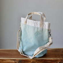 Load image into Gallery viewer, Aquarelle Project Bag - Hand-Dyed Organic Cotton, Crossbody, Blu Cielo-La Cave à Laine
