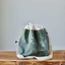 Load image into Gallery viewer, Aquarelle Project Bag - Hand-Dyed Organic Cotton, Crossbody, Verde Bosco-La Cave à Laine
