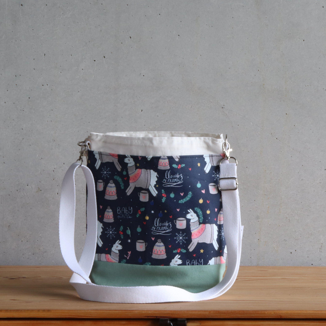 Llama Project Bag - Crossbody, Green and White-La Cave à Laine