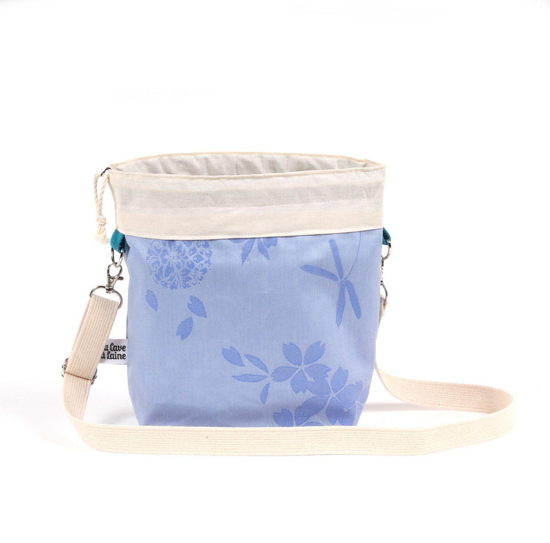 Cerata Bucket Bag - Crossbody Shoulder Strap Medium-La Cave à Laine