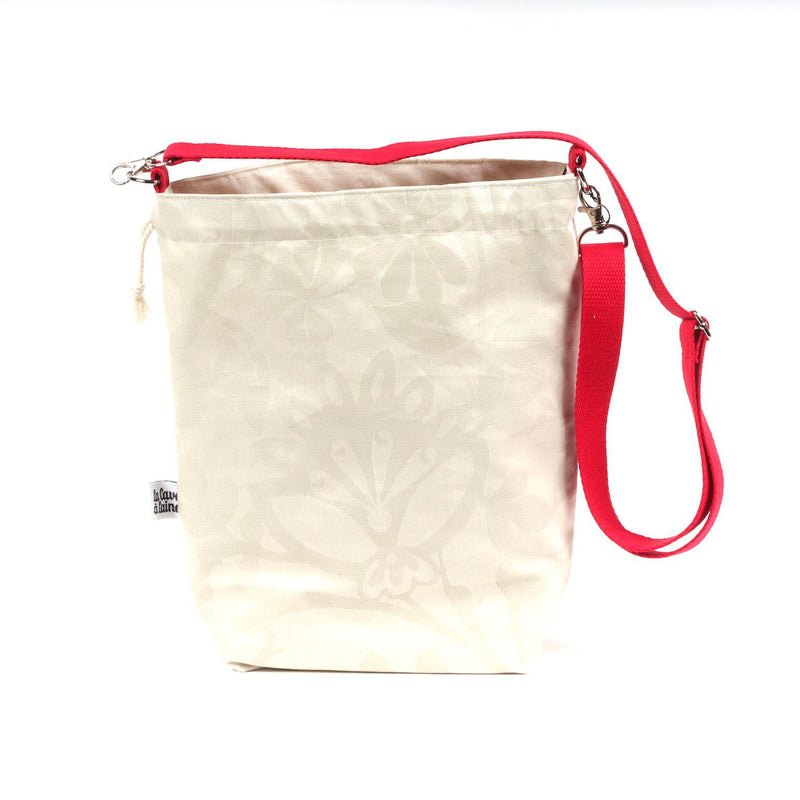 Cerata Bucket Bag - Crossbody Shoulder Strap, Large-La Cave à Laine