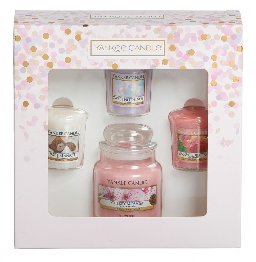 Yankee Candle 1 Small Jar Candle and 3 Votive Candle Gift Set