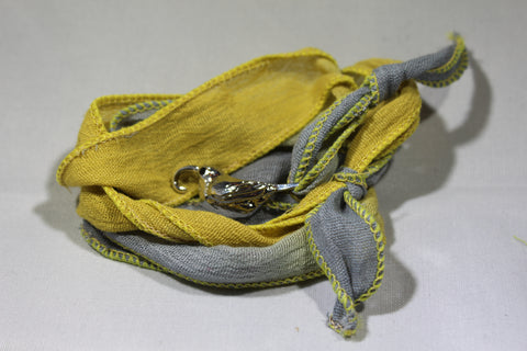 `I`iwi Cloth Wrap Bracelet (Yellow/Gray)