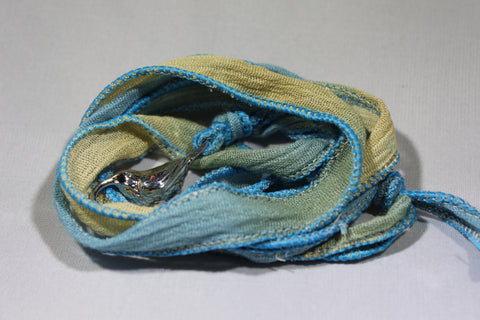 `I`iwi Cloth Wrap Bracelet (Blue/Sand)