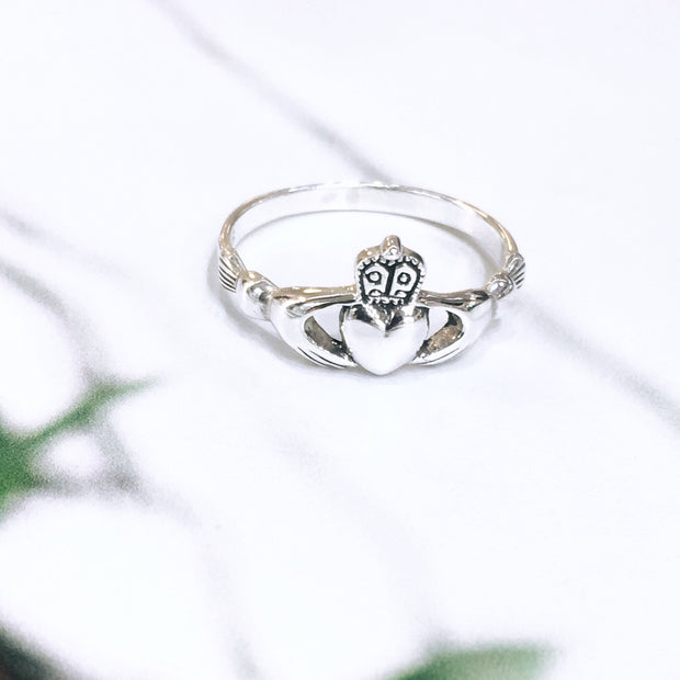 Sterling Silver Traditional Claddagh Ring