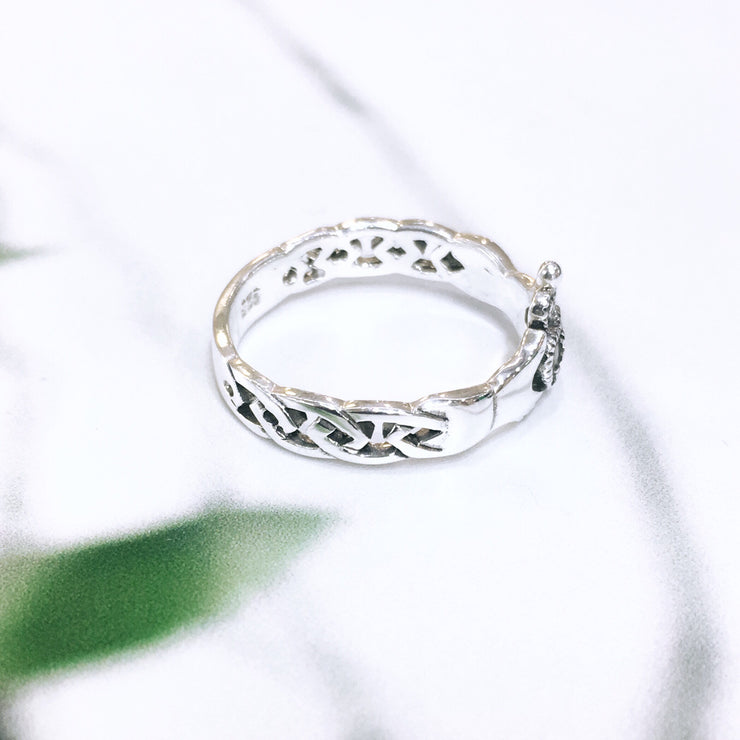 Sterling Silver Claddagh with Knotwork and Marcasite