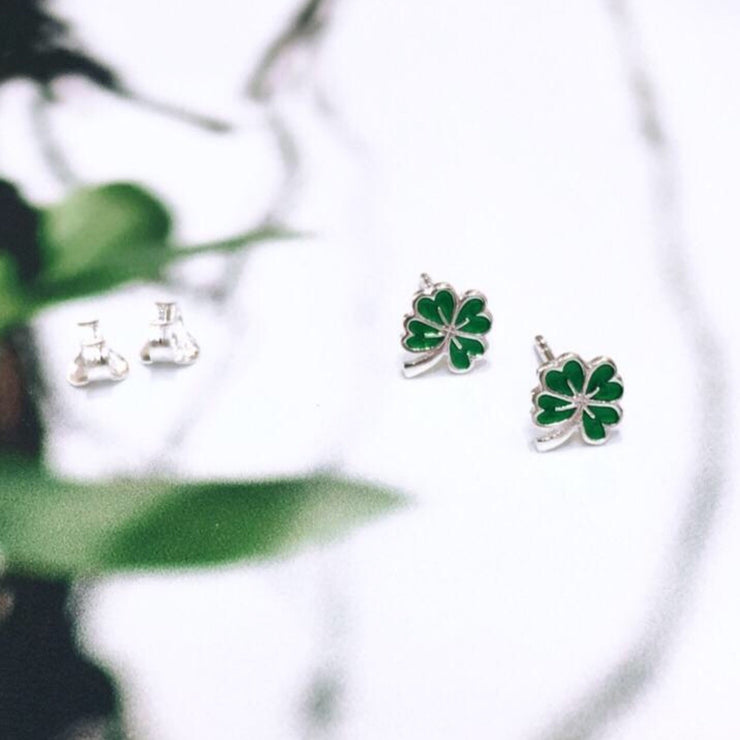 4 Leaf Clover with Emerald Enamel
